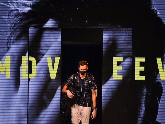 В субботу пройдут полуфиналы Итогового турнира ATP, во втором матче сыграют Джокович и Тим