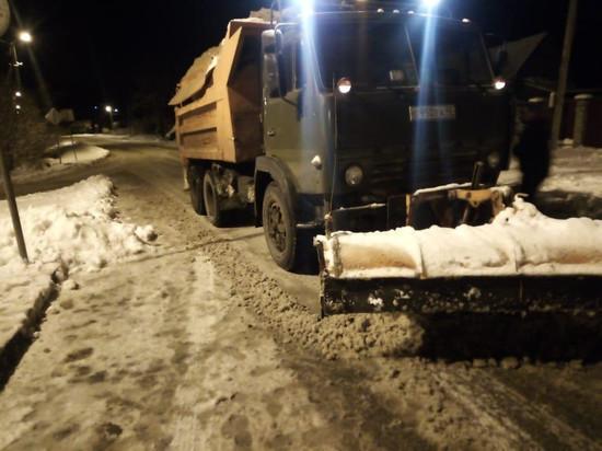 За сутки с улиц Калуги вывезли 500 кубометров снега
