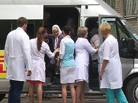 Число автобусов для перевозки больных COVID увеличили в Чите