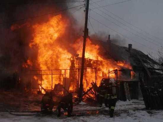 СК проводит проверку по факту гибели ребенка на пожаре