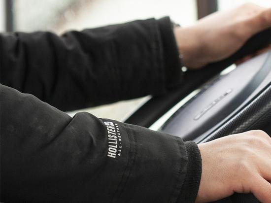 Глава ГИБДД России Михаил Черников сообщил, на что инспекторы будут больше обращать внимание в ходе экзамена на права по новым правилам с сокращённой площадкой