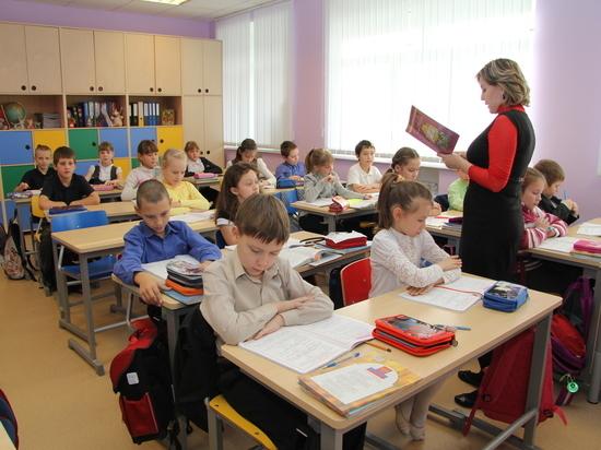 У главы минобра Башкирии двоякое отношение к онлайн-образованию
