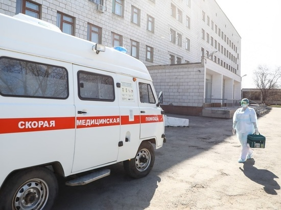 Волгоградские энергетики отдали машины медикам для борьбы с COVID-19
