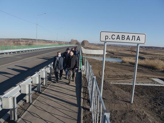 В Воронежской области досрочно открыли мост через Савалу