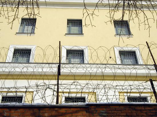Трое сотрудников СИЗО №1, известного как «Матросская тишина», получили небольшие травмы в результате потасовки с заключенными