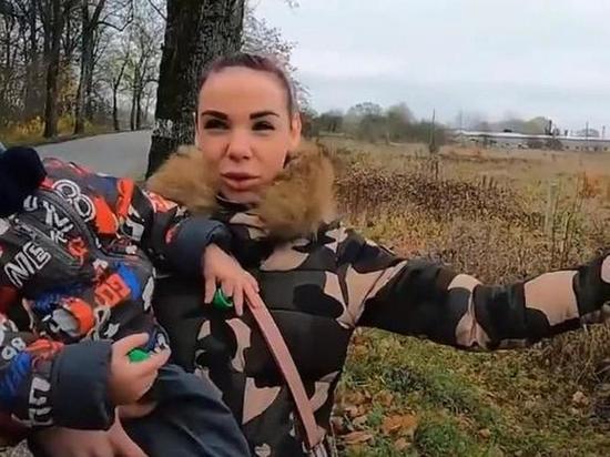 Мать-сироту из Калининградской области прописали в чистом поле