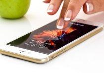 Некоторые приложения и информацию стоит удалять со смартфона каждый месяц, считает директор информационно-аналитического агентства Telecom daily Денис Кусков