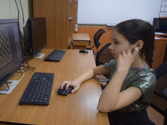 Младшая Горячкина из ЯНАО завоевала «бронзу» на всероссийском онлайн-турнире по быстрым шахматам