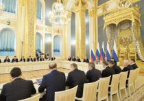 Госдума завершает работу над законопроектом «О Госсовете»: во втором чтении он был принят без единой поправки, третье намечено на 25 ноября