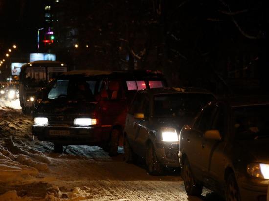 Утром в среду новосибирские автомобилисты застревают в пробках