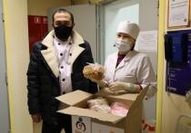 Бизнесмен в селе Мужи приготовил для медиков горячие обеды
