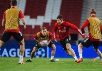 Вечером состоятся заключительные матчи 4-го тура группового этапа Лиги чемпионов. «Локомотив» в гостях сыграет с «Атлетико», «Ливерпуль» примет «Аталанту», а «Интер» будет противостоять «Реалу».
