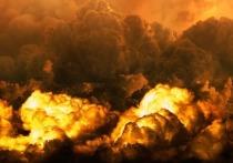В Барнауле горит завод
