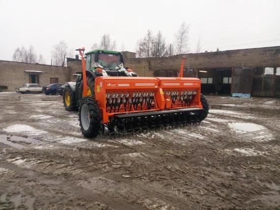130 единиц техники закупили сельхозпредприятия Карелии