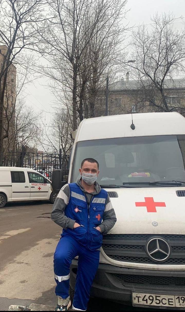 """Герои """"красной зоны"""" рассказали о коронавирусе в хосписе: """"Отхожу, плачу"""""""