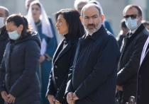 26 ноября в Ереване состоялось внеочередное заседание Национального Собрания, на котором обсуждался вопрос об отмене военного положения