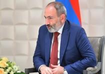 Парламент Армении отказался отменять военное положение, которое было введено в стране 27 сентября на фоне эскалации конфликта в Нагорном Карабахе