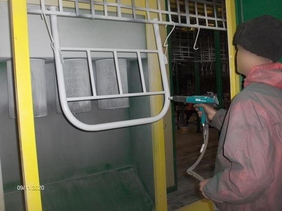 Заключённые собрали кровати для больницы Петрозаводска