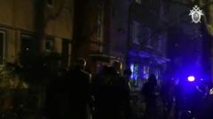 В Калининграде мужчина застрелил возле дома экс-супругу: видео с места