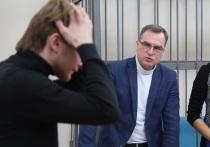 Прокуратура запросила штраф Шибанову за толчок Румянцева