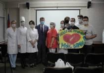 «Спасибо врачам»: персоналу Костромской окружной больницы передали наборы свежих овощей