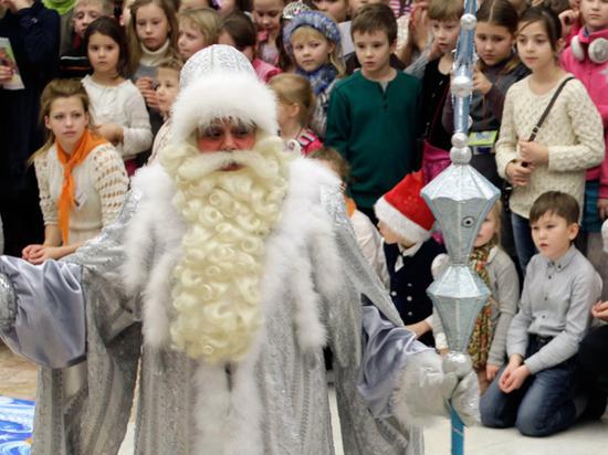 Новогодние мероприятия в садах и школах пройдут без родителей