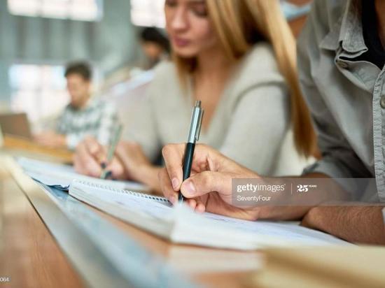 Межрегиональные центры компетенций повышают качество среднего профобразования и выводят его на качественно новый уровень по всей России