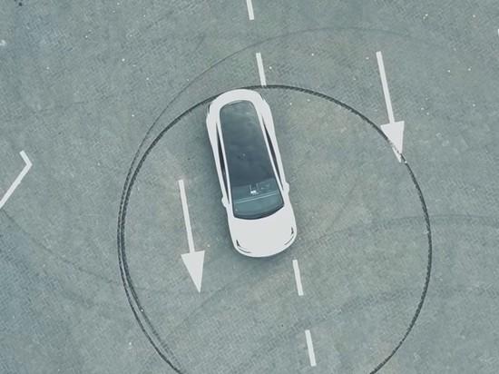 Tesla отзовет десять тыс. авто из-за угрозы отказа руля иотлетающей крыши