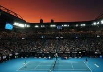 Начало теннисного сезона в Австралии все еще словно окутано густыми клубами дыма от прошлогодних лесных пожаров. Официально так и не объявлено, какие турниры состояться, когда, а также не ясна судьбу Australian Open. Пока только слухи и инсайды, что командный ATP Cup отменен, турнир Большого шлема пройдет не раньше 1 февраля, а ATP официально обнародует календарь в начале декабря. Мы собрали все и посчитали, какие шансы у Tennis Australia справиться с задачей в разгар пандемии.