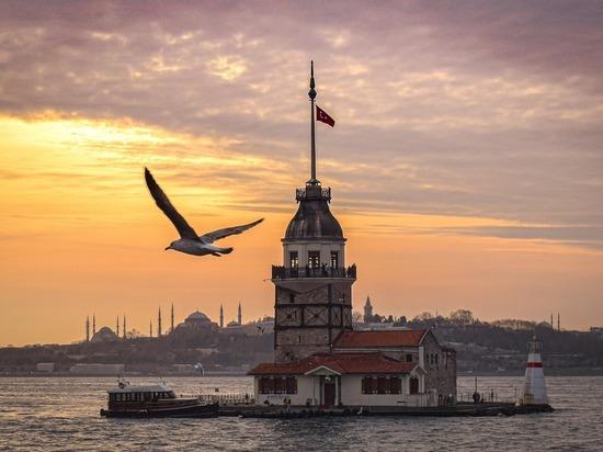СМИ: Турция намерена сблизиться с США из-за проблем с Россией