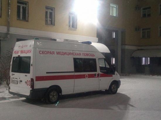 В Каслях женщина умерла после того, как 11 часов просидела в машине скорой помощи