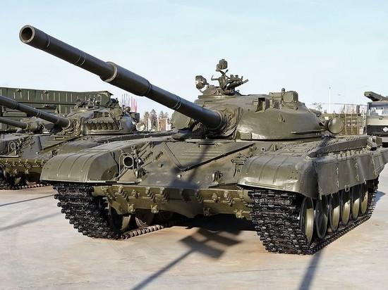 Президент Сербии поблагодарил Россию за подаренные танки
