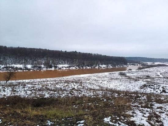 Дмитрий Денисов рассказал, угрожает ли Калуге грязная вода в Оке