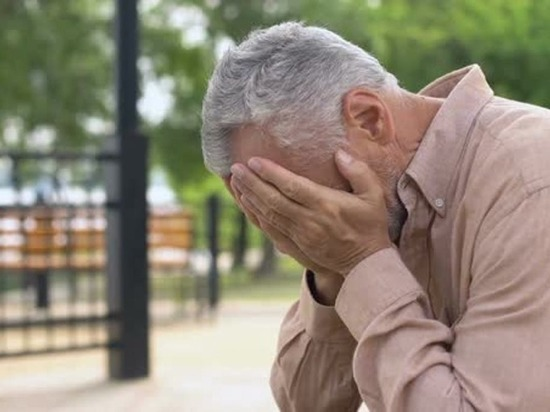 «Не уйдете по собственному, уволим по статье»: пожилых бюджетников сочли обузой