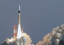 Япония выведет на орбиту ретрансляционный спутник двойного назначения