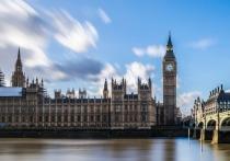 Кабмин Британии уступил парламенту право устанавливать срок локдауна