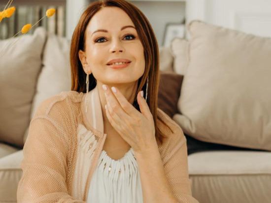 Актриса Ирина Безрукова мечтает отметить Новый год на Алтае
