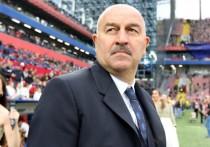 Главный тренер сборной России по футболу Станислав Черчесов заявил, что не собирается требовать наказания для оскорбивших его болельщиков ЦСКА и самого клуба