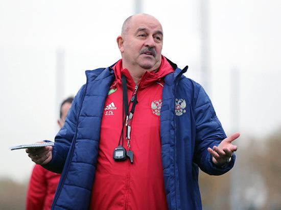 Черчесов не намерен жаловаться на фанатов ЦСКА за кричалки