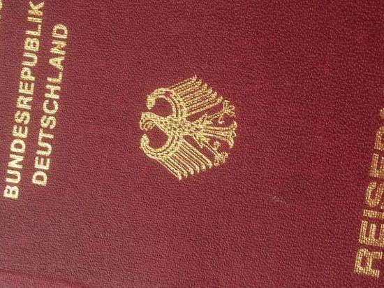 Новые немецкие паспорта: отпечатки пальцев и никаких распечатанных фотографий