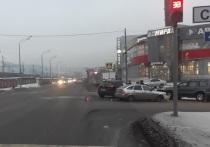 Три человека пострадали в жёстком ДТП в Новокузнецке