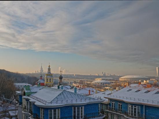 Во вторник жителям Москвы пообещали небольшой снег и гололедицу