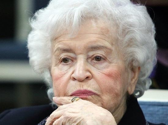 Заслуженный деятель искусств РСФСР, президент ГМИИ имени Пушкина Ирина Антонова умерла на 99-м году жизни, заявили в музее