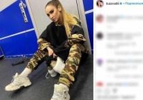 Певица Ольга Бузова напугала фанатов фото в Stories своего Instagram, на котором она лежит под капельницей