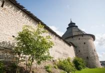 Псков – древний город, город-крепость, которому за свою многовековую историю ни раз, и ни два приходилось отражать удары неприятеля