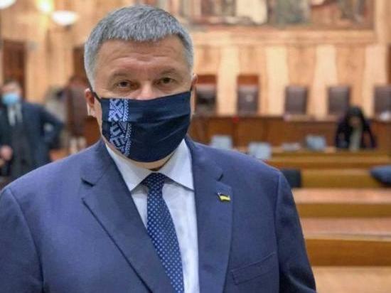 Украина будет жестко преследовать нацистов, которые угрожают украинцам венгерского происхождения