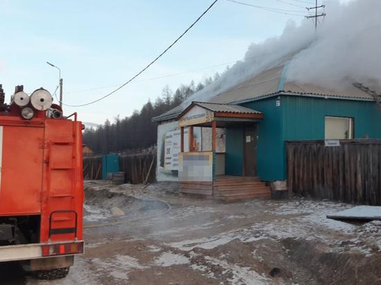 В Бурятии росгвардейцы с пожарными потушили пламя в производственном здании
