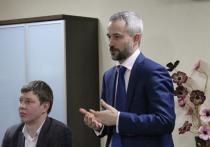Перфильев подчеркнул, что из подвалов спортивные секции должны были выйти уже давно, чего требует банальная потребность в комфорте
