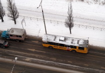 В Йошкар-Оле пассажирка троллейбуса попала в стационар после падения