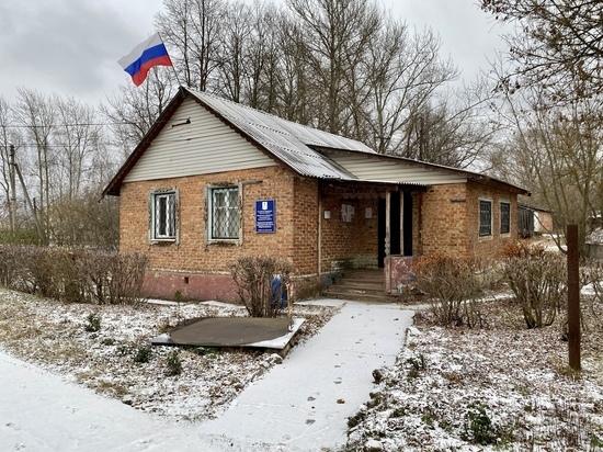 Поселок Красный Яр Тульской области медленно умирает после распада Гамовского совхоза. Рассказываем о том, как там живут люди.